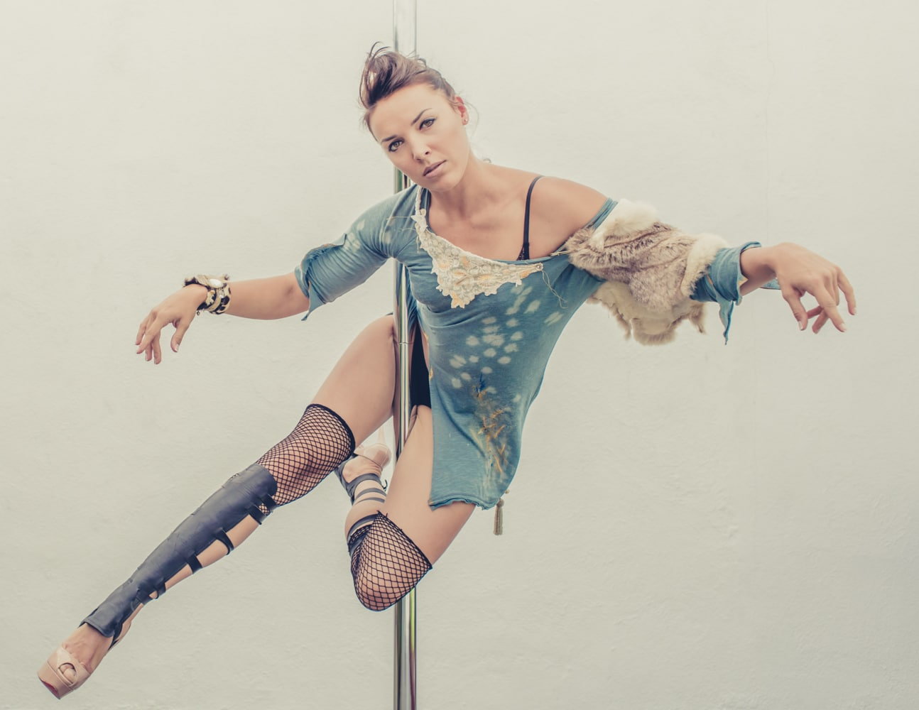 pole_dance_and_contemporary_fashion_converge_by_beylerian-1