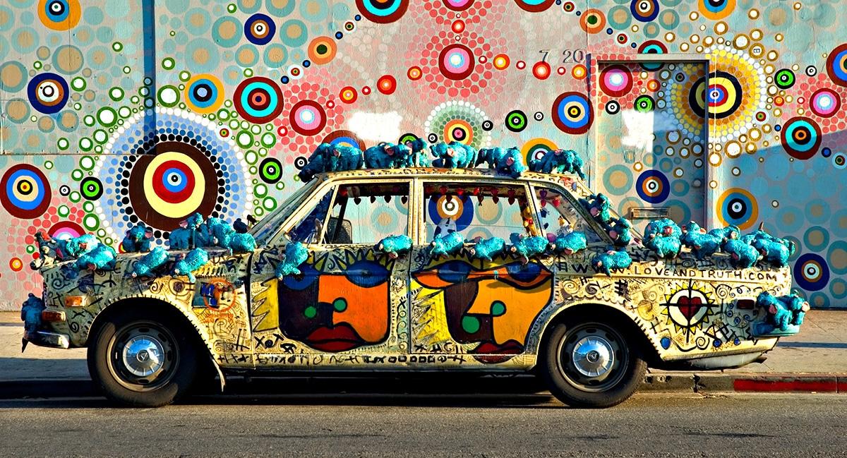 medz-mobile-art-car