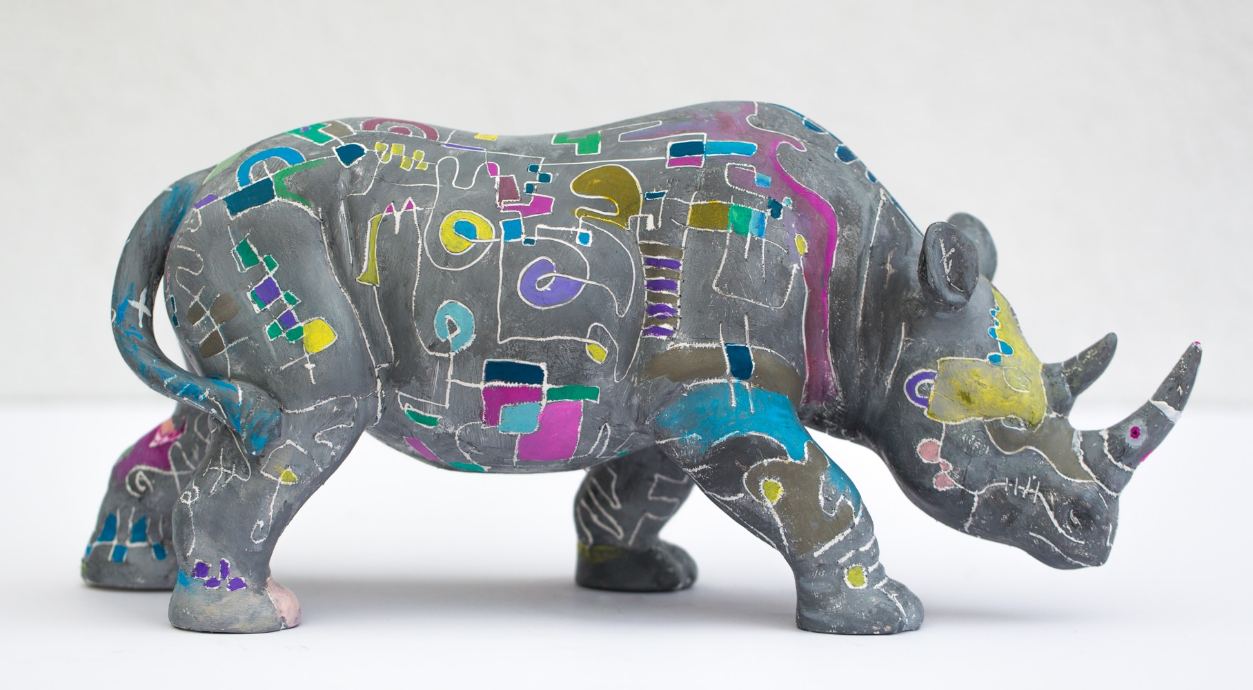 rhino_sculpture_by_gregory_beylerian_2