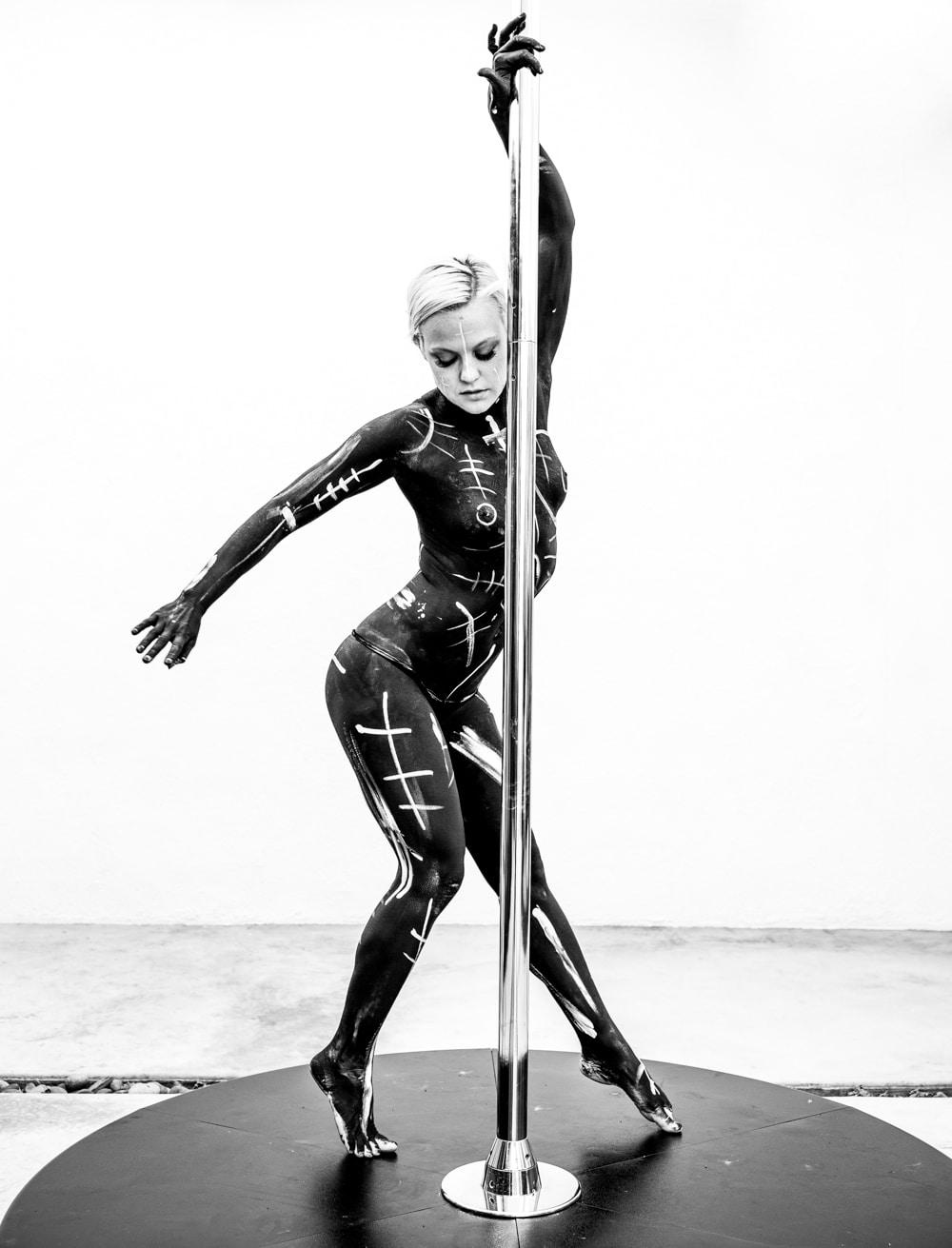 pole_dance_ancient_lines_beylerian_2