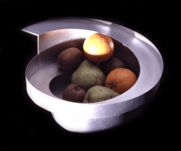 rolling fruit bowl