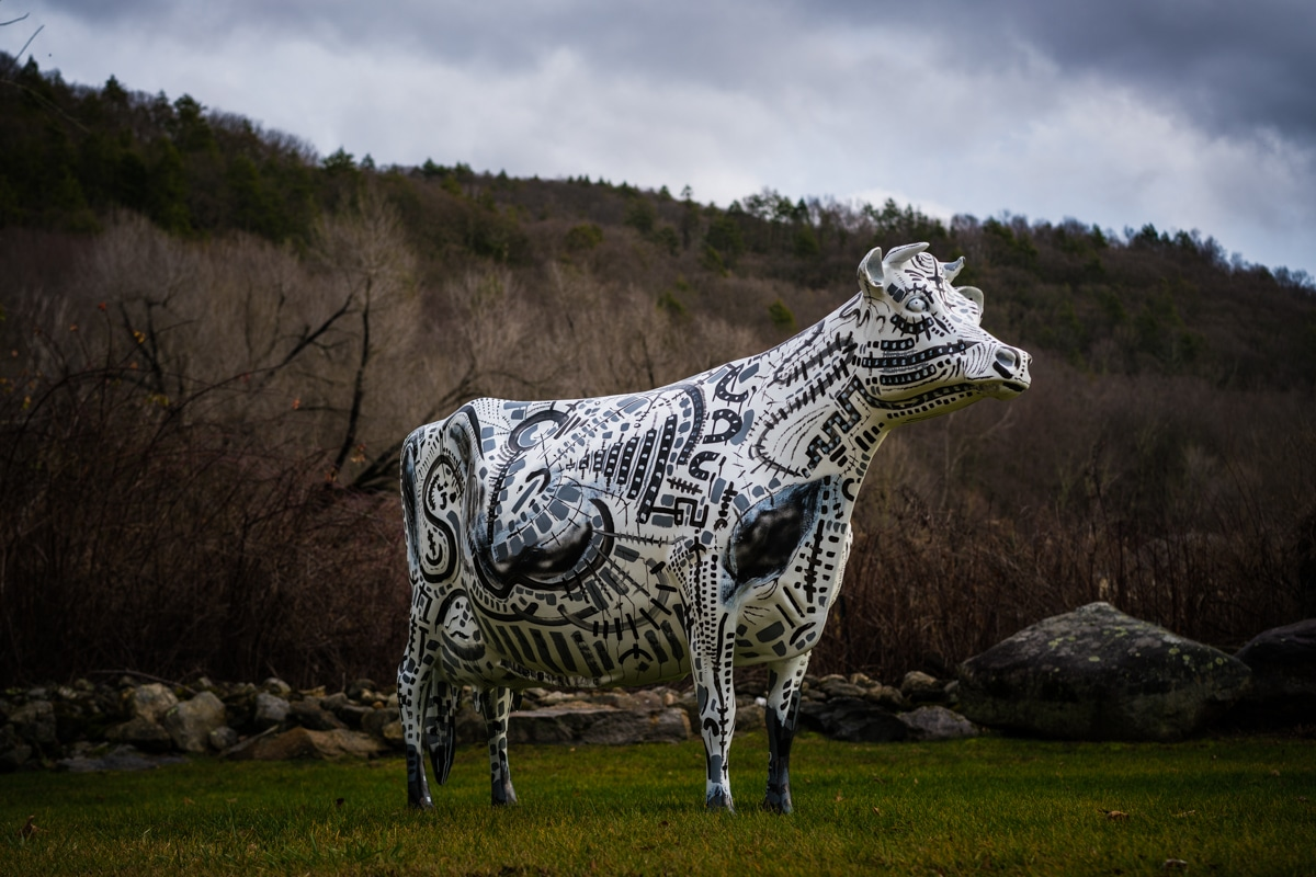 francesca_the_cow_sculpture_by_gregory_beylerian_2